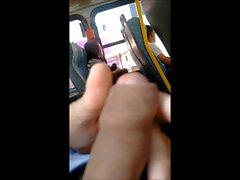onani på bus fyra