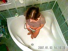 mijn vrouw in de douche 1