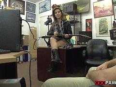 Pawnstar meets a rockstar xp14939