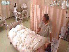Da enfermeira menina adoram transar com os doentes