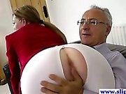Junges Luder Euro nach alte Mann pussydrilled