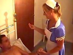 Británicos : - Enfermera - te da de Tre ...