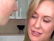 Sex therapeut helpt tiener paar