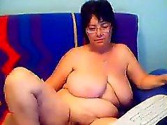 Großer Apfelsorte Granny zeigt ihre Behaarte Muschi