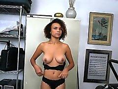 Cornea calda Pulcino di And Raven soffia Workmate nero