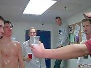 chicos universitarios rectos nuevas obtener gay video