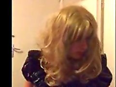 annalicious88 smoking and exposing like sissy whore