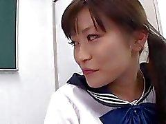 Di Aika la Hoshino likes soffiare cazzo e le a deglutire sborra