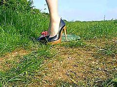 Crossdresser wanking in the countryside