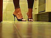 Sexy höga klackar på dolda cam
