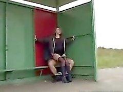 Desde batota -meet - Sex no ponto de ônibus