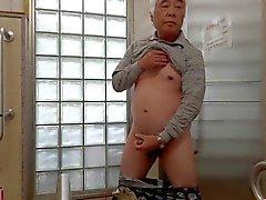Japanisch Alte Onanie aufgerichteten Penis Samens Strömen