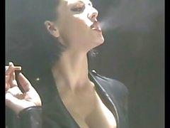 fumatori sexy in in lattice