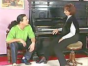 Heisse Oma fickt Klavierlehrer