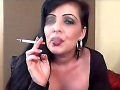 Assistir do fumo maduras . JOI