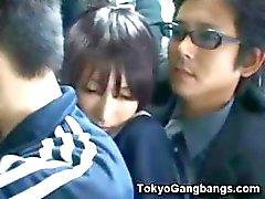 Aluna ingênua em ônibus Tóquio!