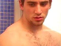 Красотка в душ