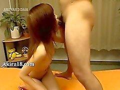 Japonya minyon göğüsleri penetre