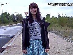 Die 18 Jahre alt jugendlich Luna ersster nackt Video Gießen