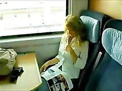 Alemanha a quente Sectretary faz sexo no Comboio