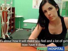 Sahte bir Hastanesi'nde oyuncak Seksi anneler göğüs silikonu istediğini ve Creampie gets