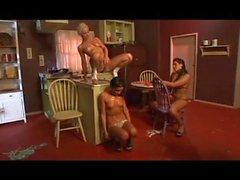 DE TANNER MAYES DE COQ ÉTOILES - Scene 3