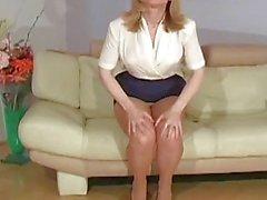 Tiny slit in fancy pantyhose