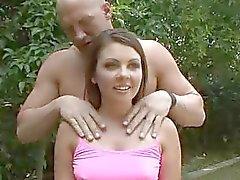 Cali får hennes fästman för att titta på en riktig kuk knulla henne