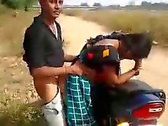 bhabi haciendo el amor