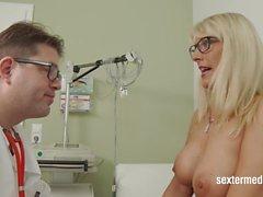 Dr Schmutzig - Der Sapık Frauenarzt