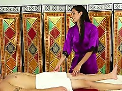 Asian masseuse sucks cock