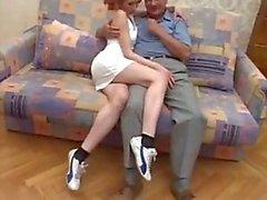Alman dede lanet sevimli kızıl saçlı genç