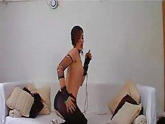2 клипа горячего готик девушки ( раз обратил )