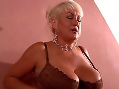 Sexy Titten Milf in Nylons - tabulose-frauencom
