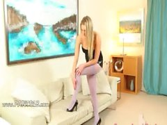 White nylon pantyhose on horny babe