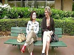 Französisch Lady und ein Brunette von einem glücklichen guy gefickt zu