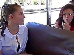 Skolflickas Natalie i Monroe Kön på buss