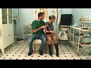Klinik-MoreOn HDMilfCam com üzerinde doktor tarafından becerdin Sevimli hasta