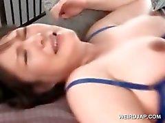 Embarazada bebé asiático recibiendo un creampie en caliente