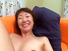 Aasian Granny MILF Osa 2