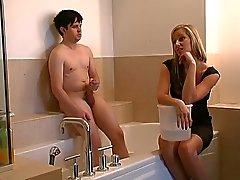 Голые мужчины одетые женщины порно видео фото 280-524
