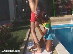 Vika et de Natacha des Russes manger des cunts