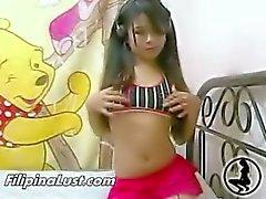 Asyalı Teen Sucking Cock of Seviyor