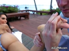Luscious Babe Lela Star Gets Groped And Fondled