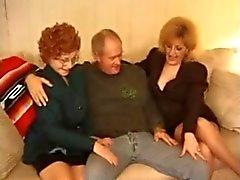 Minou de Fox et le Mémé Threesome