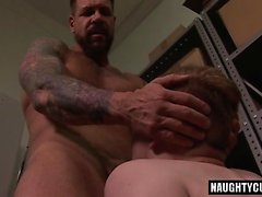 Big dick gay dildo e corrida