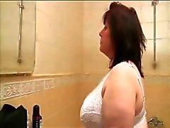 fett granny FINGRANDE hennes fitta och knullar hennes unga pojkvän
