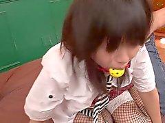 Kotomi Asakura in Schoolmeisje