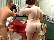 Femme mûr graisse continue aspiration crazy