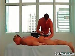 De massage Me d'encore plus Tyler Saint partie 2